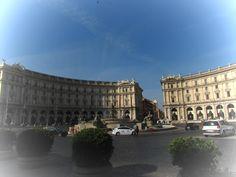 Mis 365 vestidos: Piazza della Repubblica, Roma