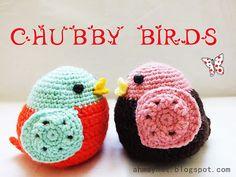 Crochet a Chubby Bird... ♥ A free pattern at Ahmaymet Amigurumi
