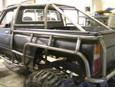 Cutsom Rock Crawler Created By FLEX POINT OFF ROAD located in Redding CA .a custom roll cage created around a Toyota body exo skeleton cage Toyota 4x4, Toyota Trucks, Cool Trucks, Pickup Trucks, Cool Cars, Tacoma Toyota, Toyota Hilux, Chevy Trucks, Carros Off Road