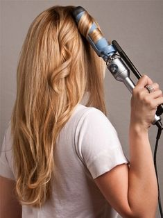 How to Curl Your Hair Using Curling Iron-