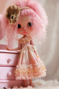 Romantic Vintage Dress  Tea for Blythe Doll  por CutieStorecom, $38.00