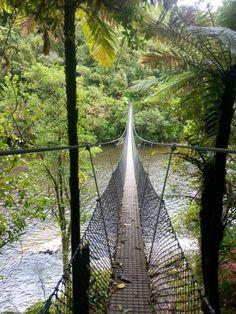 Swing Bridge Otaki River. YTYY.