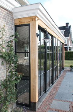 Add Style to Your Pergola, Untitled. Garden Room Extensions, House Extensions, House Extension Design, House Design, Glass Porch, Glass House, Bay Window, Backyard Landscaping, Exterior Design