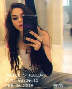 grafika maggie lindemann and Maggie Source by michu_elle outfits Snapchat Selfies, Snapchat Girls, Tumblr Selfies, Girls Selfies, Selfie Poses, Selfie Pro, Selfie Captions, Tumblr Photography, Photography Poses