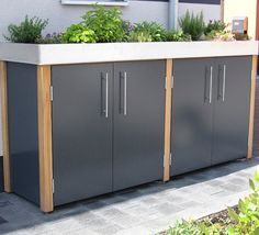 Garbage can in many variations! Trash Can Storage Outdoor, Garbage Storage, Storage Bins, Bin Store, Pump House, Garbage Can, Unique Architecture, Trash Bins, Outdoor Living