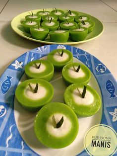 Kue nona manis by Nayma Nadhira Healthy Banana Recipes, Healthy Recipes For Diabetics, Healthy Yogurt, Yogurt Recipes, Indonesian Desserts, Asian Desserts, Zuchinni Recipes, Zoodle Recipes, Traditional Cakes