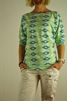 Mein erster Fledermaus-Raglan-Sweater Alice von Prülla ist immer noch einer meiner liebsten Lieblingspullis! Und da dieser Schnitt -m...