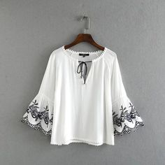 2016 za women Fashion sleeve flower embroidery blouses shirts o neck hem patchwork pullover blusas casual streamer shirt