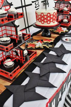 Birthday parties 542191242640606918 - How to Throw an Epic Ninja Birthday Party – Crowning Details Source by brightsideis Ninja Birthday Cake, Naruto Birthday, Ninja Birthday Parties, Birthday Party Themes, Boy Birthday, Ninja Cake, Birthday Decorations, Birthday Ideas, Japanese Birthday