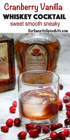 Cranberry Vanilla Whiskey Drink: A Winter Cocktail with Vanilla Crown Royal Whiskey - Smooth & Boozy Make a crown vanilla whiskey cocktail today! Mix up crown vanilla whiskey, disaronno amaretto, & cr Cranberry Cocktail, Whisky Cocktail, Cranberry Juice, Cocktail Drinks, Cocktail Recipes, Cocktail Amaretto, Amaretto Drinks, Winter Cocktails, Winter Drinks