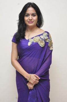 "Telugu singer Sunitha in purple designer saree at ""Naa bangaru thalli"" premiere show. Beauty was eye catchy in purple transparent plain saree. Indian Bridal Lehenga, Indian Beauty Saree, Indian Sarees, Beautiful Women Over 40, Indian Designer Sarees, Saree Photoshoot, Sexy Blouse, Most Beautiful Indian Actress, Beautiful Actresses"