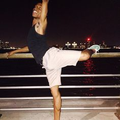 Where is my right foot and where is my left arm? #photo #photography #assistant #miss #stillgoodthough #nyc #hudsonriver #manhattan #nj #attitude #at #night #pier #gay #instagay #mcm #barre #ballet #green #shoes #boatshoes #nightout #light #blackboyjoy #love #like4like #followme #selfie
