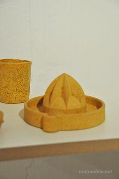 http://matandme.net/wp-content/uploads/2011/06/biogradable-lemon-squeezer.jpg