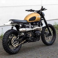 Read up on a few of my most favorite builds - custom scrambler builds like this Triumph Scrambler Custom, Triumph Street Scrambler, Triumph Bonneville T100, Triumph Cafe Racer, Cafe Racer Motorcycle, Triumph Motorcycles, Vintage Motorcycles, Custom Motorcycles, Custom Bikes