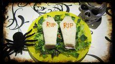 Comida de Aquelarre en Halloween. Sándwiches ataúd. ¿Quieres saber cómo prepararlos? Visita nuestra web.