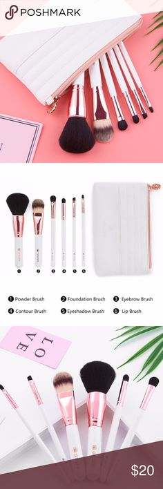 6 Piece Makeup Brush Set + Bag Included 👑 + 6 makeup brushes + 1 leather bag + Includes: blush brush, curved foundation brush, plat foundation brush, eyeshadow/nose shadow brush, eyeshadow brush, eyeliner/eyebrow brush + faux leather bag + 100% Vegan-friendly Fiber Synthetic bristles, no shedding, non-allergenic + Painted wooden handle + Bristles are soft & dense to protect your skin and pick up product easily + NO TRADES 🚫  ✨ If you would like any additional photos or if you have any…