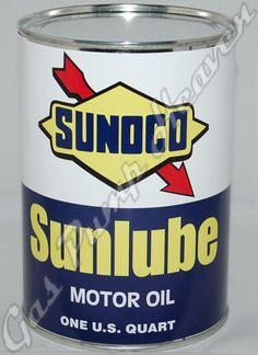 Sunoco Sunlube Motor Oil can Old Gas Pumps, Vintage Gas Pumps, Oil Company Logos, Garage Art, Garage Life, Monster Garage, Vintage Oil Cans, Restaurant Logo Design, Old Gas Stations