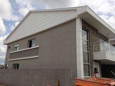Residência em Curitiba/PR, com acabamento da Print Home com a Projetada CYZ.