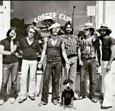 @springsteen The E-Street Band &...the Dog ...