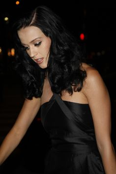 Katy Perrys Thick Gorgeous Hairstyle!
