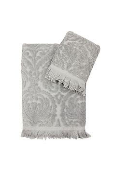 Add sophistication and style to your bathroom with this beautiful cotton jacquard towel.