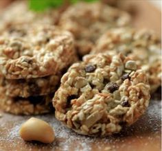 Vegan GF Banana Breakfast Cookies, with Oats, Dried Fruit, Almonds & Flaxseed (101 Healthy Vegan Desserts, page 93).