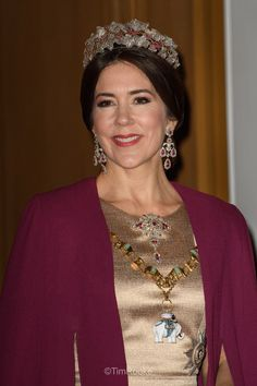 Royal Jewels of the World Message Board: New Year Banquet in Denmark - Updated