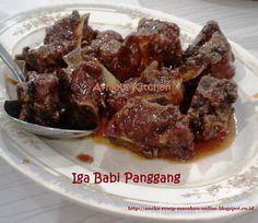 Iga Babi panggang dimasak dengan bumbu CIna yuk simak resepnya http://aneka-resep-masakan-online.blogspot.co.id/2016/08/resep-iga-babi-panggang.html