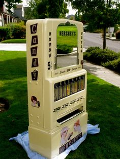 STONER 180 Hershey Vending Machine,