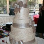 www.thecakeguys.com custom-wedding-cake-gallery.html