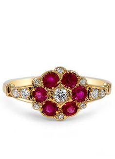 Nanaea Flower Ring