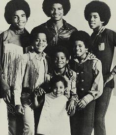 ❤️Michael con i fratelli e la sorellina ❤️