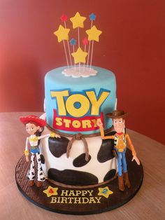 Jessie & Woody birthday Toy Story cake for 2 siblings who love Woody and Jessie Jessie Toy Story, Fête Toy Story, Woody And Jessie, Toy Story Theme, Toy Story Cakes, Toy Story Party, Toy Story Birthday Cake, Woody Birthday, Happy Birthday