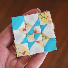 Hope's Quilt Designs: Starshine - A Mini Block