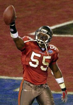 Former Buc Derrick Brooks elected into Hall of Fame   Tampa Bay Times