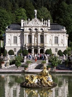 Linderhof Palace is a Schloss in Germany, in southwest Bavaria near Ettal Abbey. It is the smallest of the three palaces built by King Ludwig II of Bavaria and the only one which he lived to see completed. Oh The Places You'll Go, Places To Travel, Places To Visit, Beautiful Castles, Beautiful Buildings, Real Castles, Wonderful Places, Beautiful Places, Beau Site