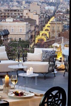 Etnea Roof, Catania, - Aperitivo in città: le migliori terrazze per bere un drink in Italia - VanityFair.it