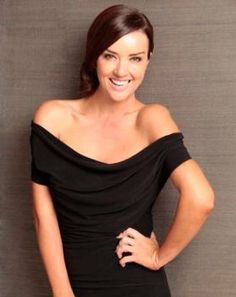Cindy Nell – Celebrity MC, Presenter is a well-known South African personality, loved by young and old. #speakersinc  #cindynell #MC #conference