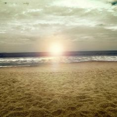 Sol mar y arena #playa #sol #arena #foto #paisaje #Ecuador