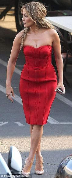 Jennifer Lopez stole the show on Thursday as she arrived at the American Idol set in Hollywood in a sexy red dress