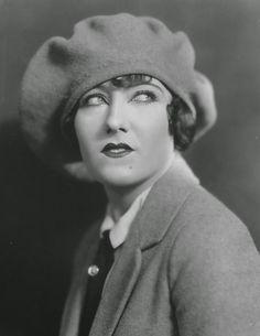"""Gloria Swanson in """"The Humming Bird"""" (1924)"""