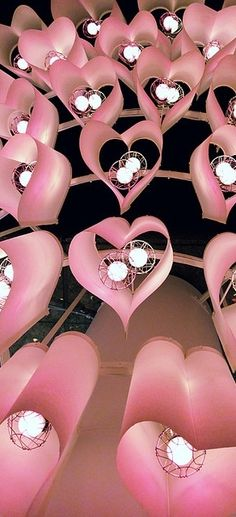 heart lights. kinda adorable and cool at the same time....and they are PINK!!!