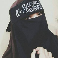 I'll annoy you, make you mad but put all that aside.You'll never find someone who cares and loves you more than me. Hijab Niqab, Muslim Hijab, Hijab Chic, Hijab Outfit, Anime Muslim, Niqab Fashion, Muslim Fashion, Hijabi Girl, Girl Hijab