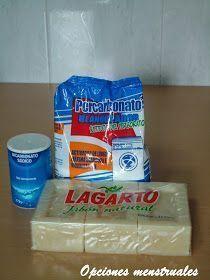 Jabón líquido Lagarto casero facil Homemade Detergent, Housekeeping Tips, Liquid Soap, Soap Recipes, Green Life, Home Made Soap, Handmade Soaps, Homemade Beauty, Organization Hacks