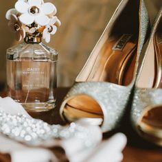 Stunning Mountainside Wedding: The Bride's Accessories