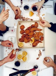 aww..Family, Friends, Fried Foods, Fingers +Fun & Vino= PRICELESS