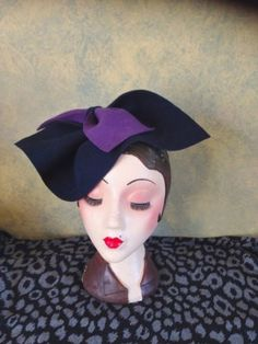 Vintage Style, 1940S Inspired Navy Sculptured Felt Hat