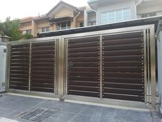 Xtreme Arrow is specialized in design, manufacture and install automatic main gate in Malaysia. We build and install glass main gates such as 304 stainless steel auto gates, wrought iron gates and wooden aluminum gates. Steel Gate Design, Front Gate Design, House Gate Design, Door Gate Design, Main Door Design, House Front Gate, Front Gates, Entrance Gates, Entry Doors