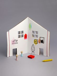 The Dollhouse Book / Rock & Pebble - a drawing book that turns into a dollhouse