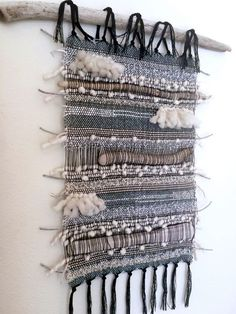 Ridiculously Artistic Fabric Wall Art Ideas Ocean themed with drift wood sea glass and yarn Weaving Textiles, Weaving Art, Loom Weaving, Tapestry Weaving, Fabric Weaving, Weaving Projects, Quilting Projects, Art Projects, Weaving Wall Hanging